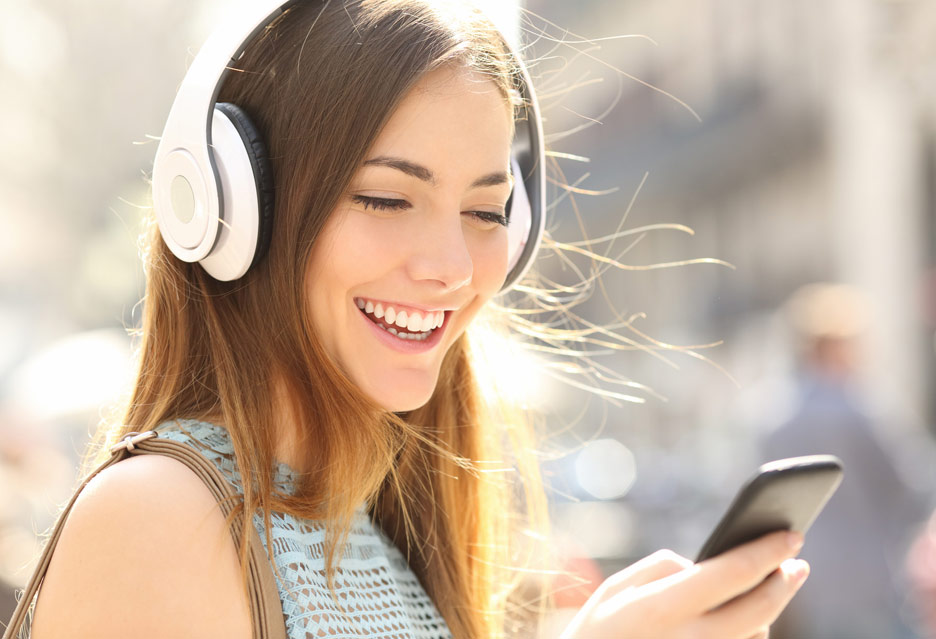 Dobre słuchawki bezprzewodowe Bluetooth do telefonu. TOP 5 | zdjęcie 1
