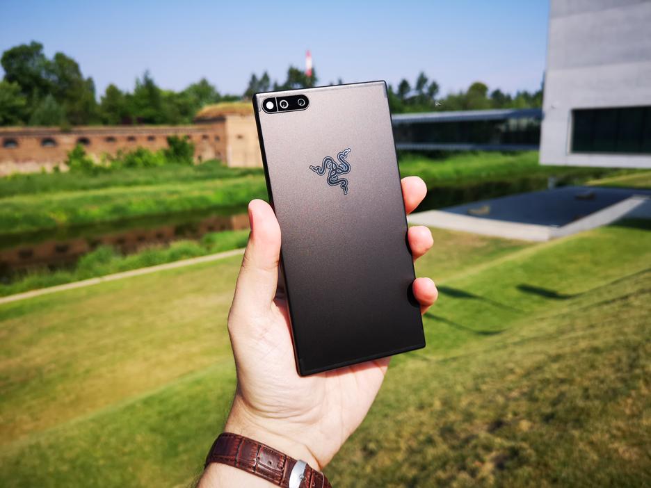 Razer Phone - najlepszy telefon do grania | zdjęcie 1