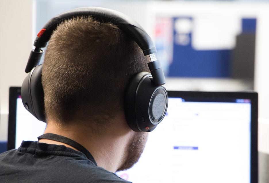 Plantronics Voyager 8200 UC - test zaawansowanych słuchawek Bluetooth | zdjęcie 1
