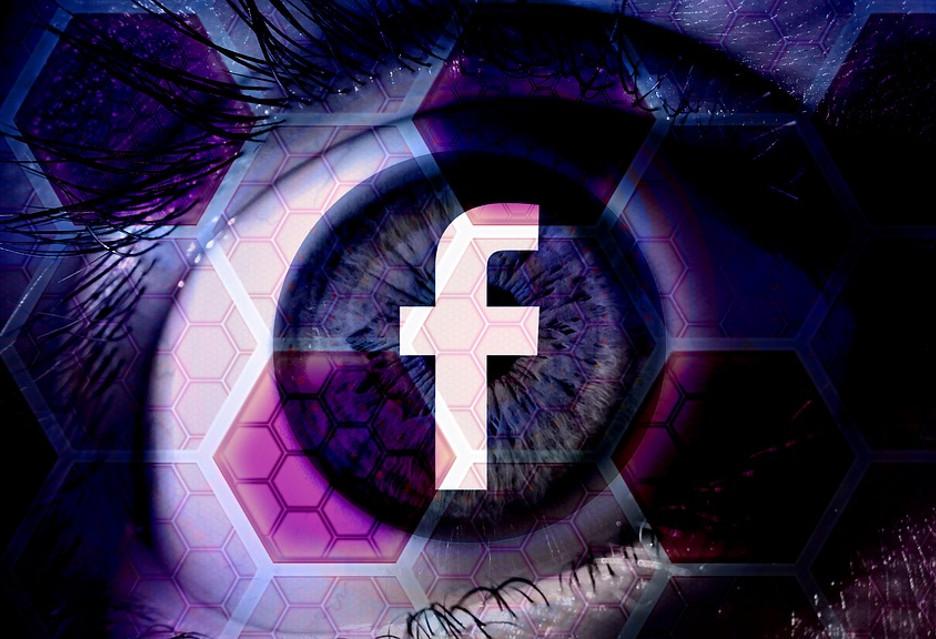 Facebook ma zapłacić 500 tysięcy funtów