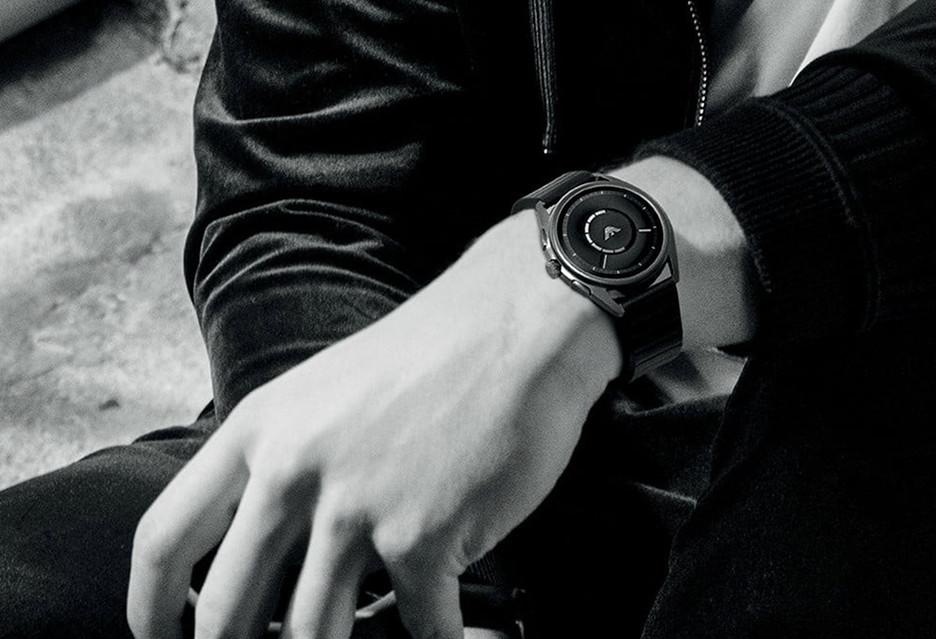 Nowy elegancki smartwatch od Emporio Armani