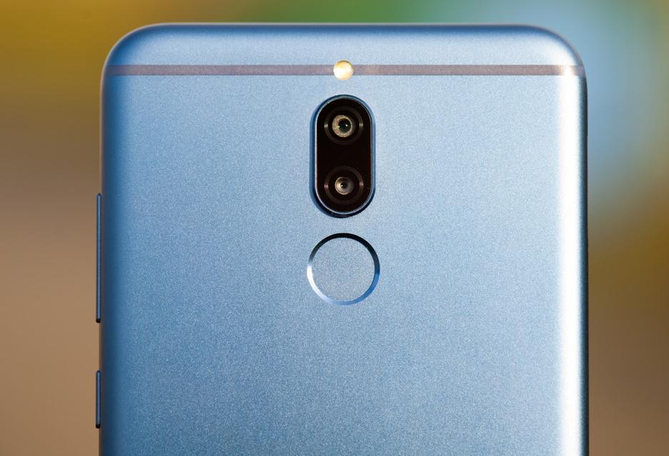 Najczęściej kupowany smartfon w Polsce ma na obudowie logo Huawei