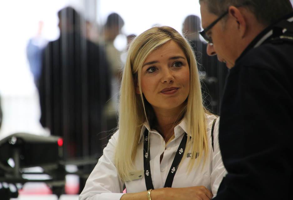 Dziewczyny targów IFA 2018 w Berlinie | zdjęcie 1