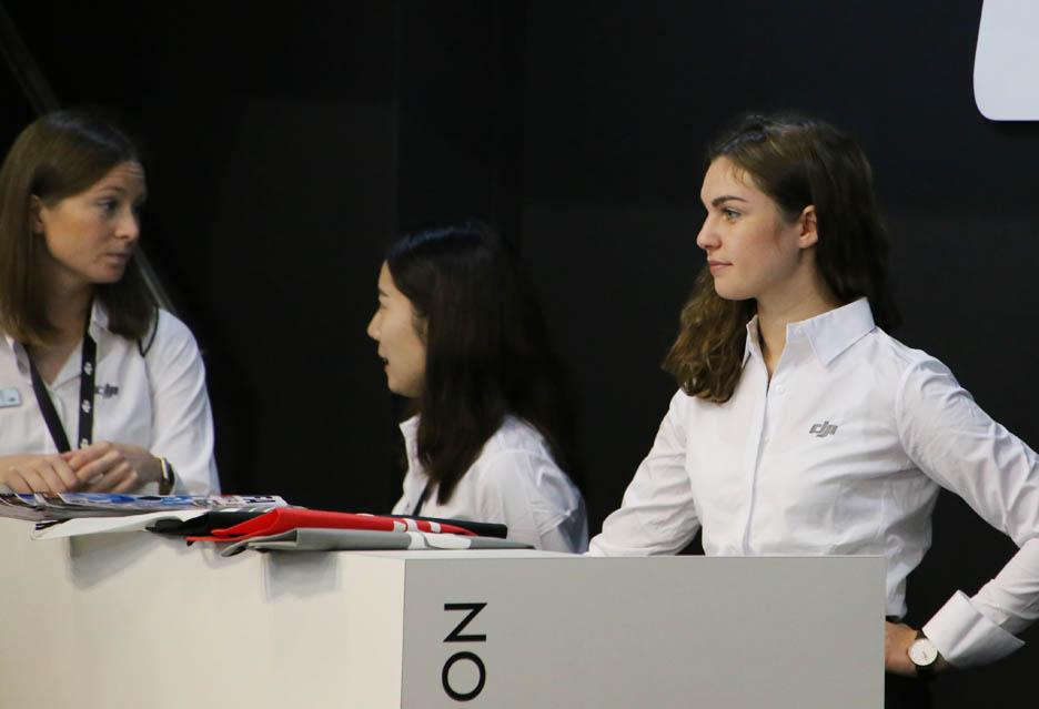 Dziewczyny targów IFA 2018 w Berlinie | zdjęcie 2