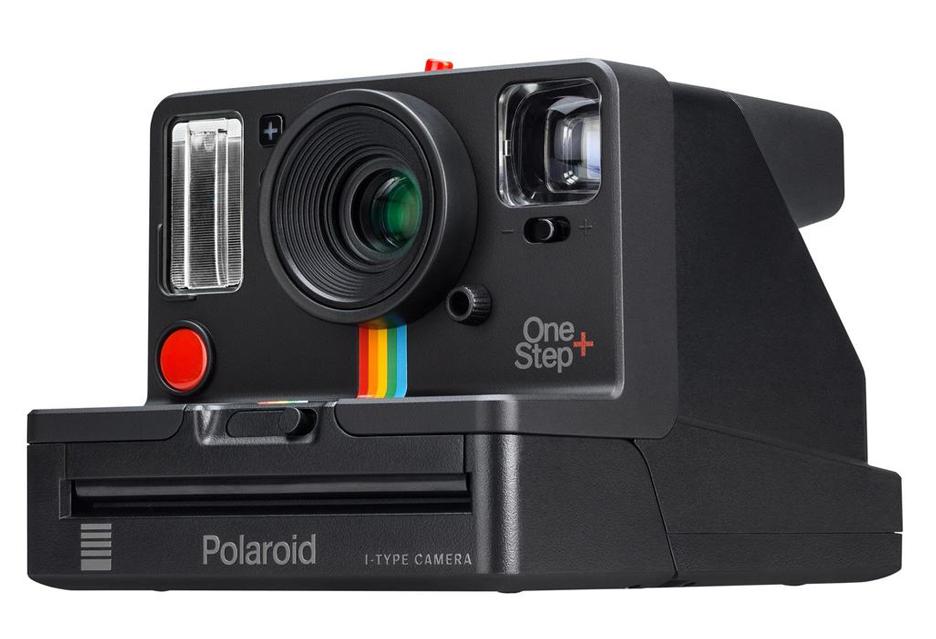 """Polaroid OneStep+ odpowiedzią na pytanie """"po co Bluetooth w analogowym aparacie?"""""""