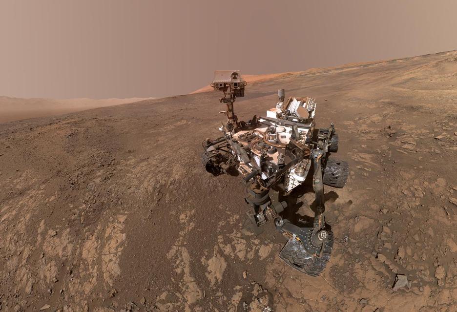Problemy z łazikami na Marsie coraz poważniejsze