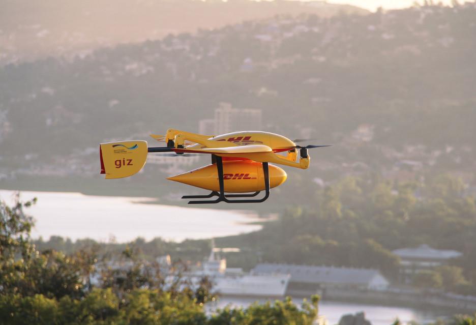 DHL-owski dron na pomoc Afryce