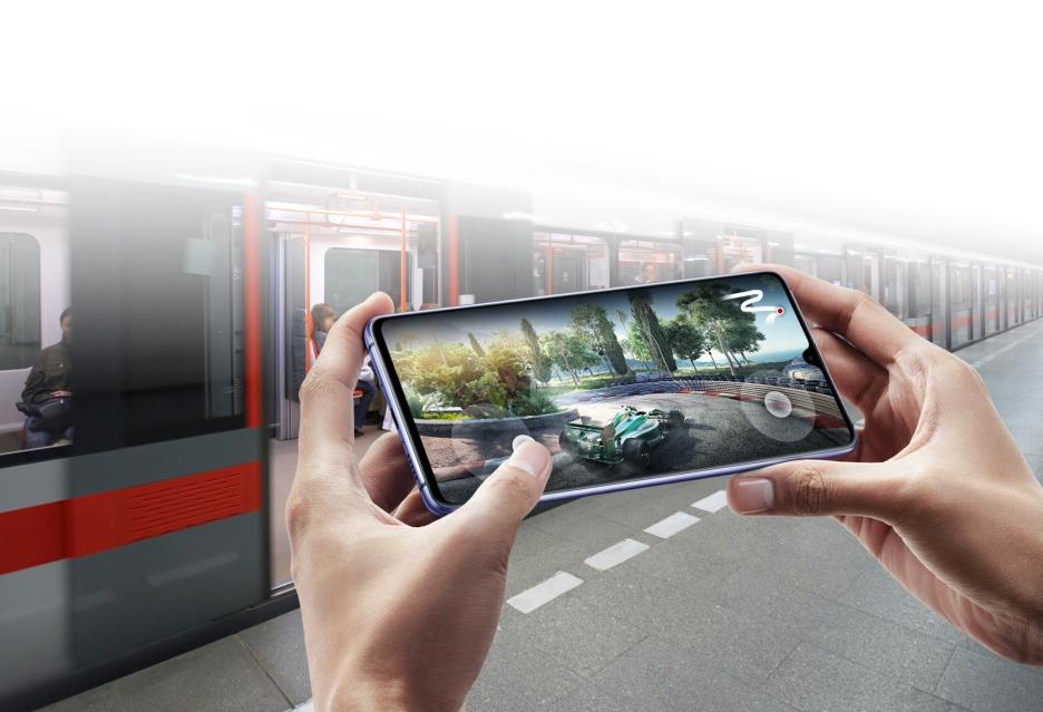 Huawei Mate 20 X - gigantyczny smartfon dla graczy, ale i konkurent Galaxy Note 9?