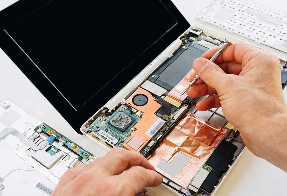Raport niezawodności komputerów - które marki produkują najmniej awaryjne urządzenia?
