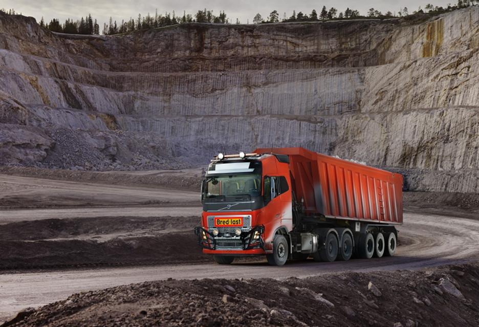 Autonomiczne ciężarówki Volvo w kopalni