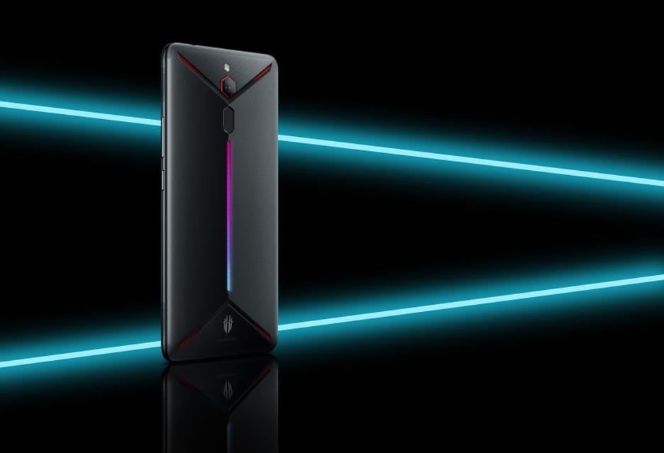 Jeszcze jeden smartfon dla graczy - Nubia Red Magic Mars z nawet 10 GB RAM