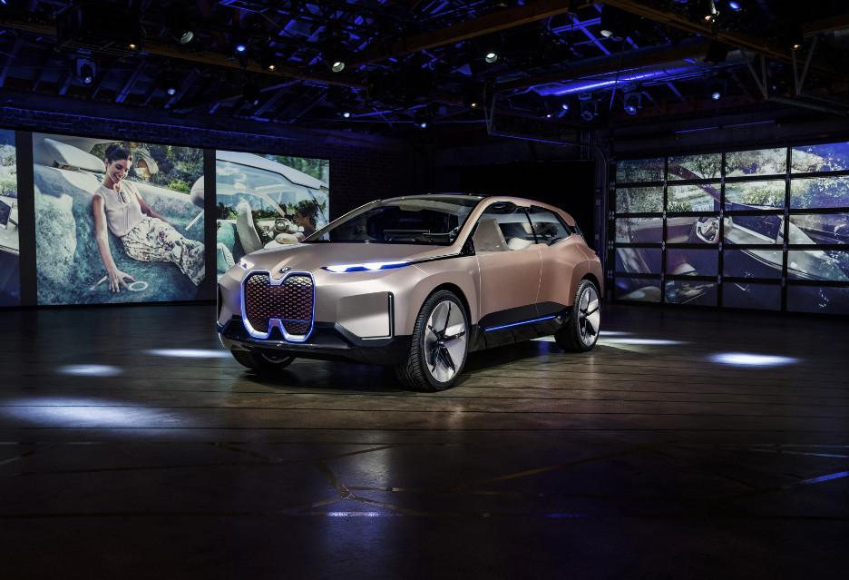 BMW Vision iNEXT - tak wygląda samochód nowej generacji
