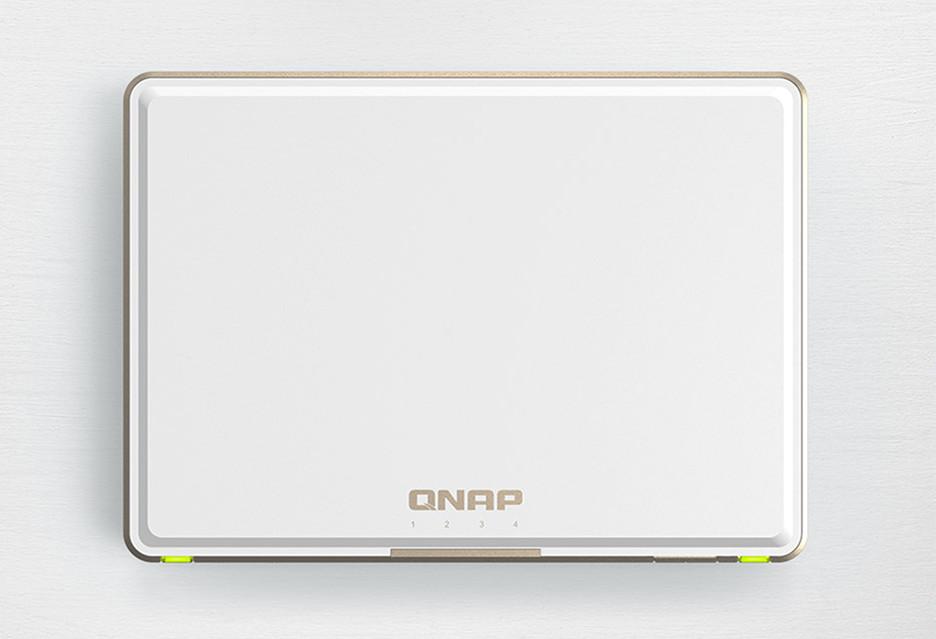 QNAP TBS-453DX to NASbook - mały, ale w pełni funkcjonalny serwer plików