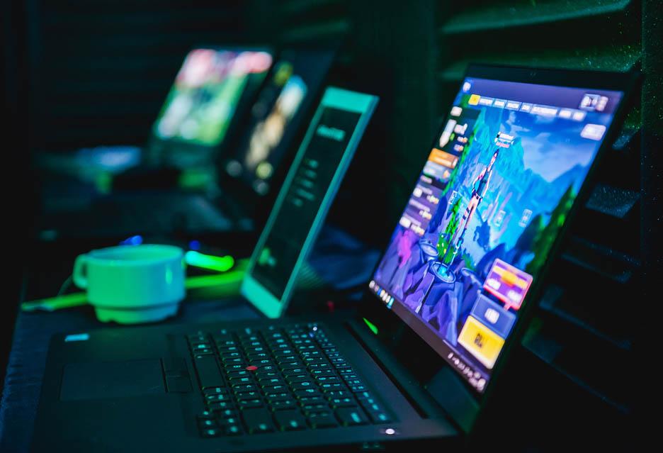 Świąteczne spotkanie z NVIDIA, ray-tracingiem i notebookami z serii Max-Q   zdjęcie 1
