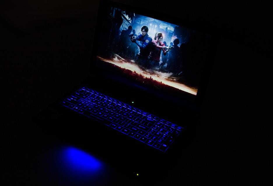 Laptop Dream Machines z kartą GeForce RTX 2060 - równie wydajny jak desktop?   zdjęcie 1