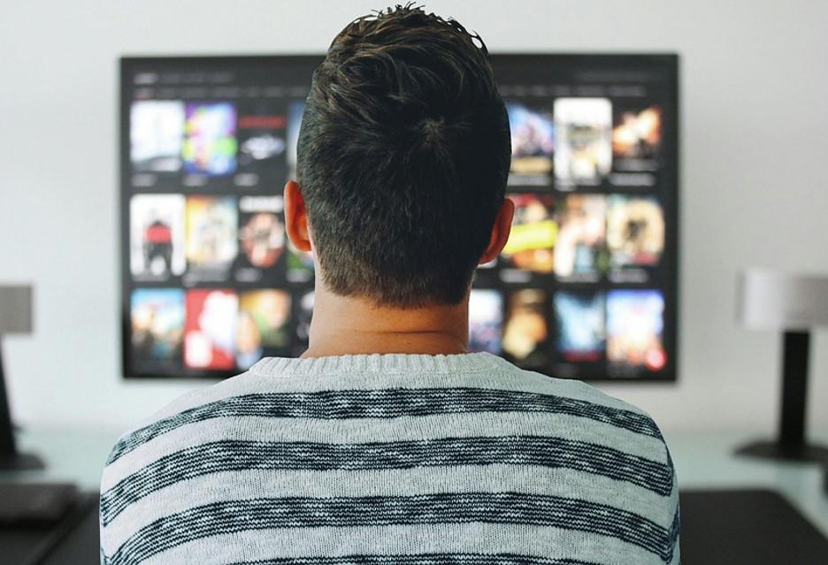 """Netflix i inne usługi w Polsce mogą podrożeć - plan opodatkowania """"cyfrowych gigantów"""""""