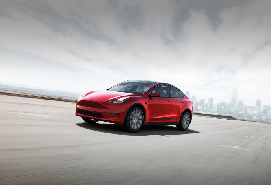 Tesla pokazała światu Model Y - oto co potrafi