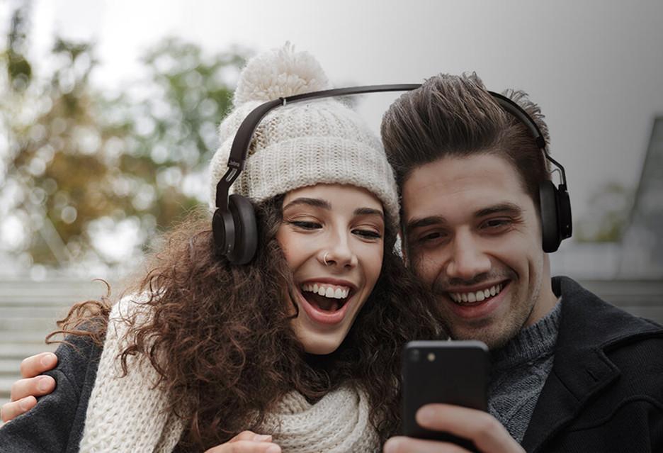Jabra Ear Bud(dy), czyli słuchawki dla par [Prima Aprilis]