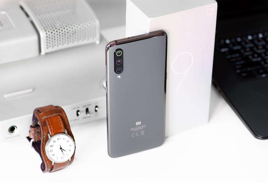 Xiaomi Mi 9 - szacunek się należy | zdjęcie 2