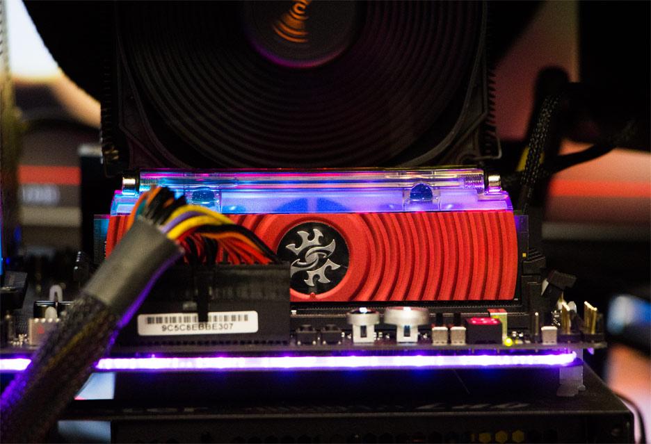 Pamięć RAM ADATA XPG SPECTRIX D80 - z chłodzeniem wodnym i podświetleniem RGB | zdjęcie 1