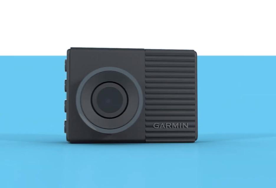 Małe kamery samochodowe, które dużo mogą - 4 nowe modele Garmin Dash Cam