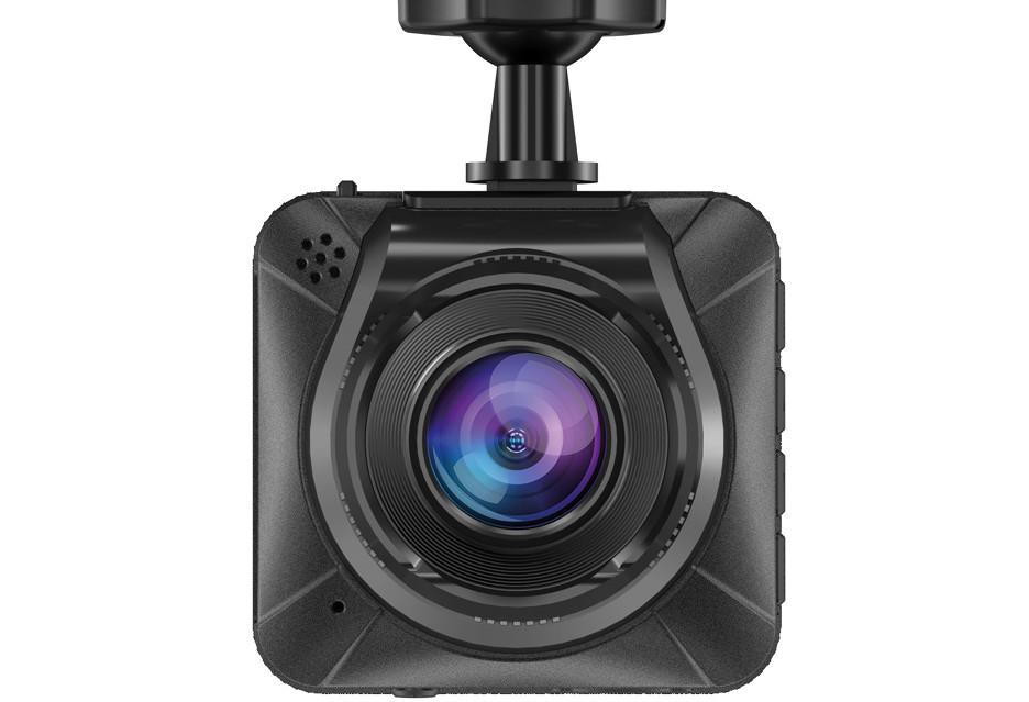 Tani wideorejestrator Full HD, który radzi sobie też w nocy - Navitel NR200