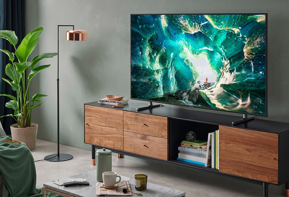 Samsung RU8002 - telewizor do wszystkiego w atrakcyjnej cenie