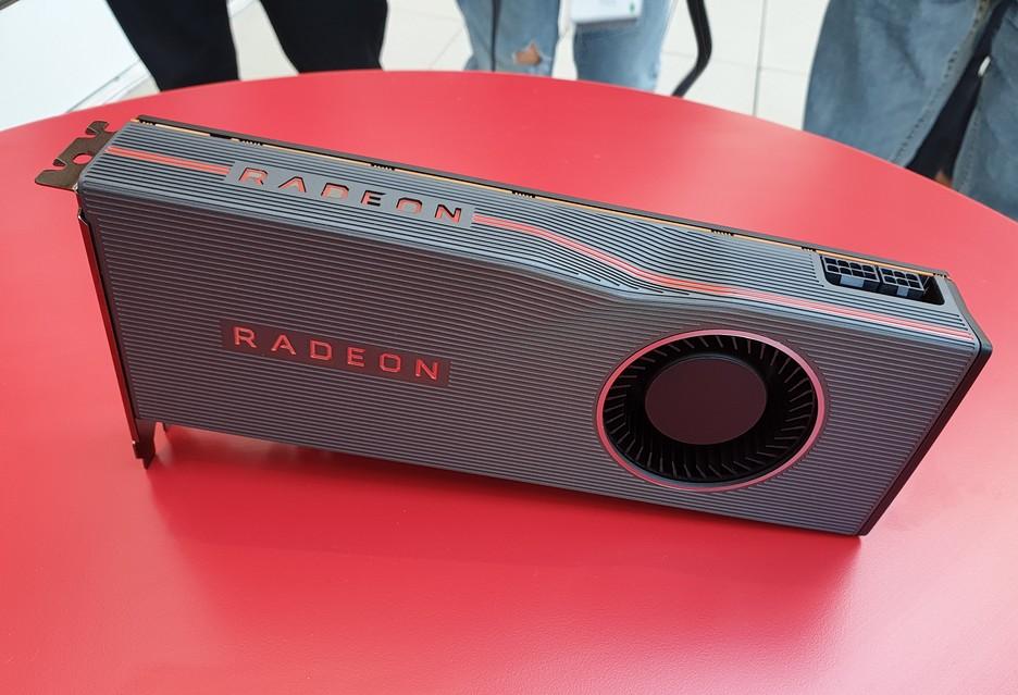 Ryzen z 16 rdzeniami i Radeon Navi - AMD odsłania karty   zdjęcie 2