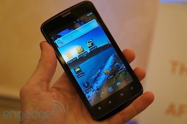 smartfon via leo u8500