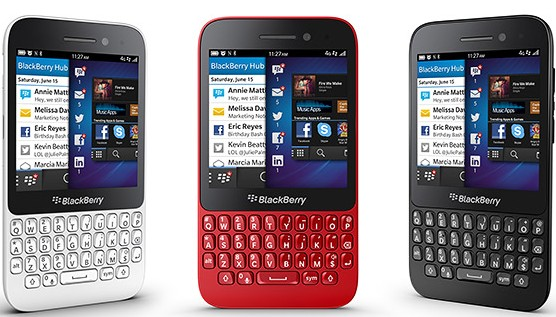 BlackBerry Q5 smartfon