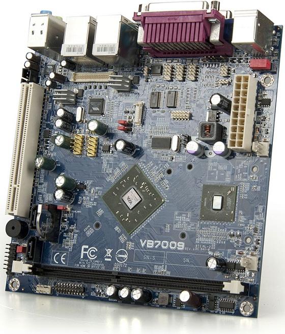 płyta główna VIA VB7009 bez chłodzącego radiatora