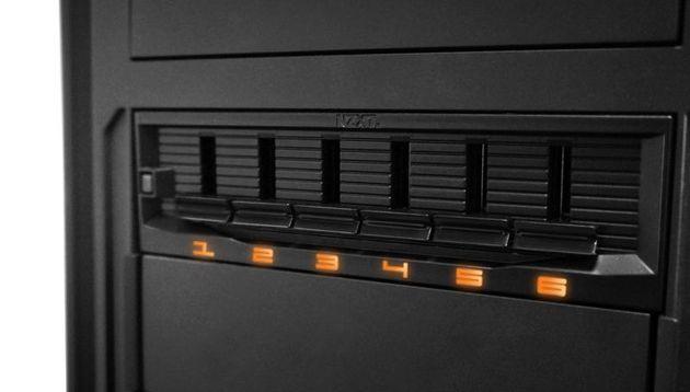 NZXT Sentry Mix 2 regulator obrotów dla wentylatorów zdjęcie