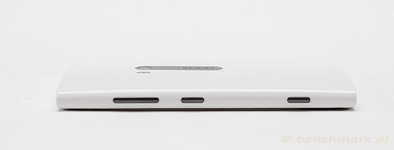 Nokia Lumia 920 - bok przyciski
