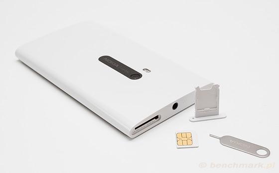 Nokia Lumia 920 - slot karta SIM
