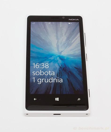 Nokia Lumia 900 - przód