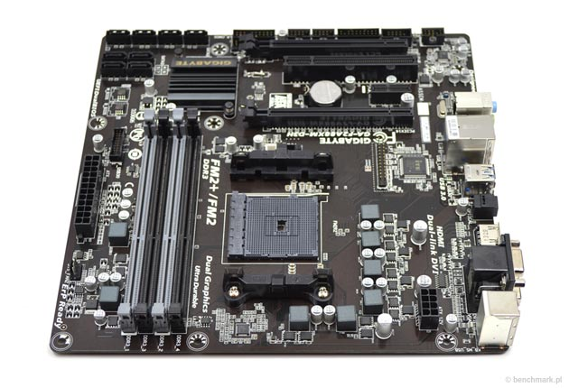 Gigabyte GA-F2A88XM-D3H sloty RAM