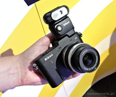 Nikon 1 V1 lampa