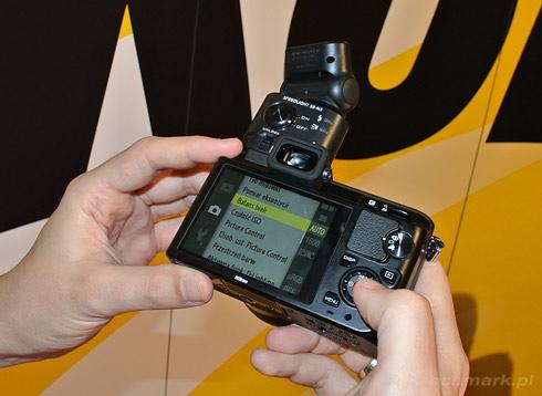 Nikon 1 V1 menu lampa
