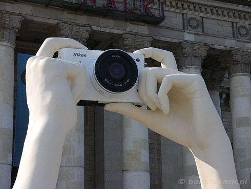 Nikon 1 rzeźba