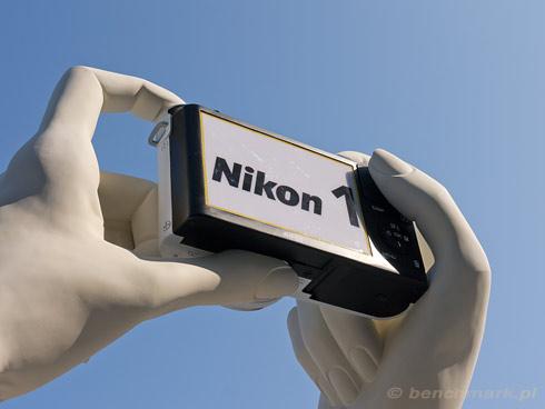 Nikon 1 ręce