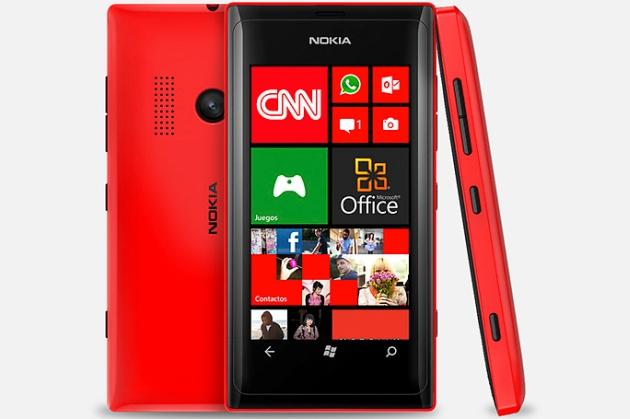 Nokia Lumia 505 smartfon