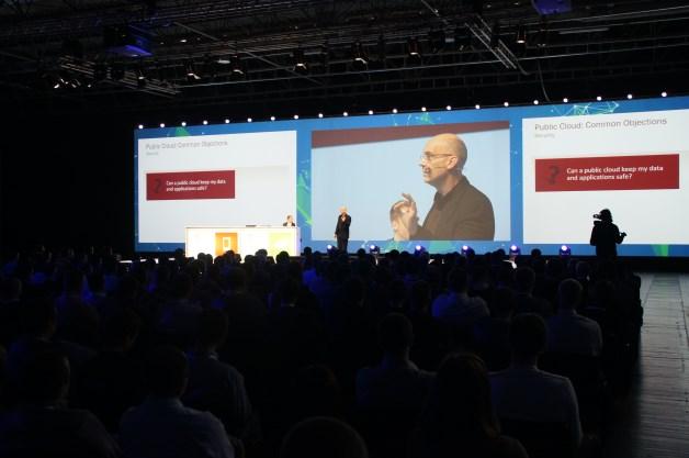 David Chappell, pierwszy prelegent tegorocznego MTS-u zaprezentował cztery główne trendy dotyczące branży IT…[autor: Marcin Bieńkowski]