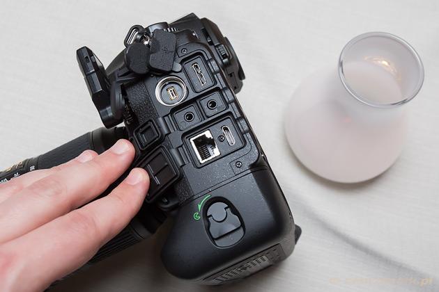 Nikon D5 złącza