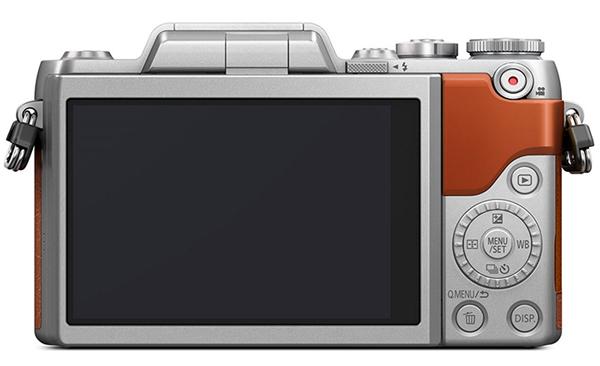 Panasonic Lumix GF8 widok tył