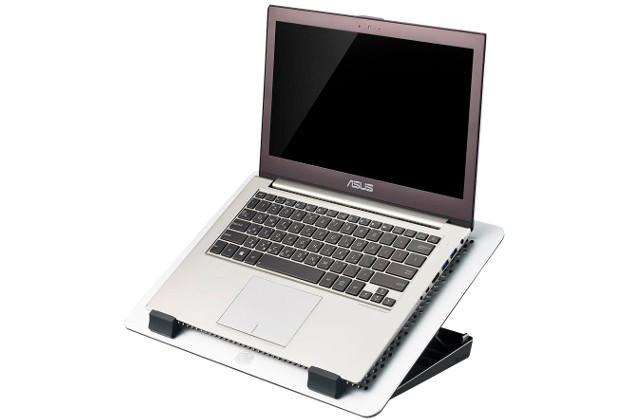 Cooler Master MasterNotepal Maker laptop