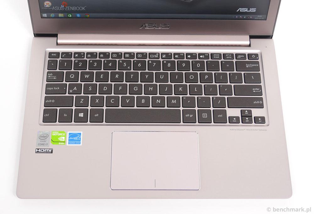 Asus Zenbook UX303LN panel roboczy
