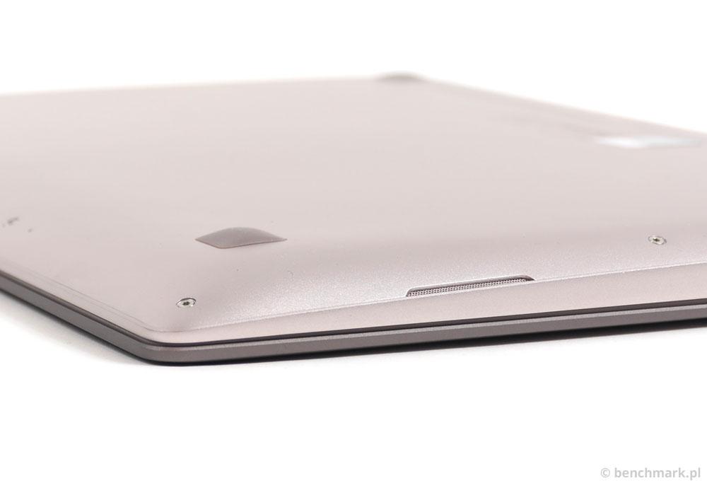 Asus Zenbook UX303LN spód