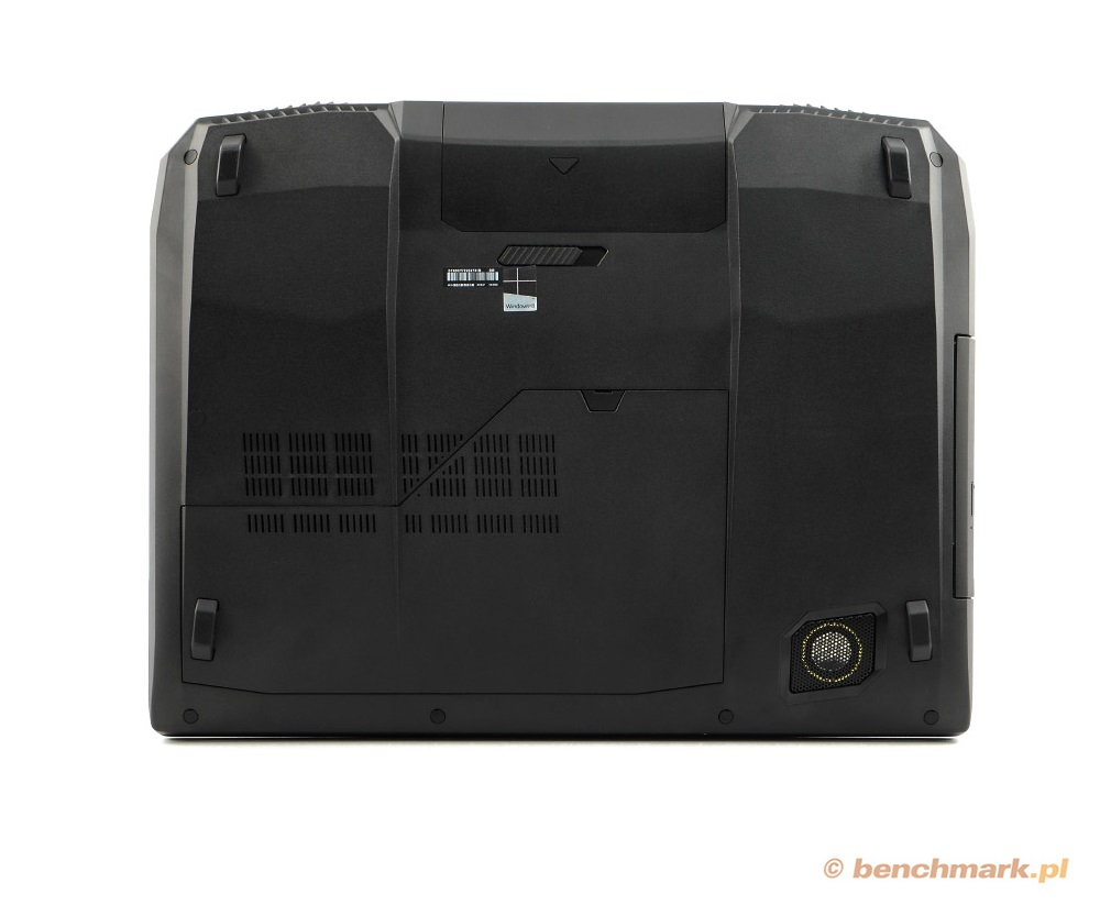 Asus G750JH spód obudowy