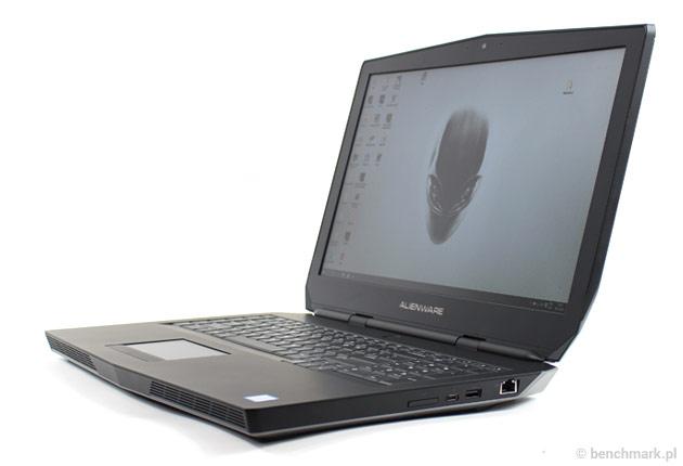 Dell Alienware 17 pokrywa ekranu