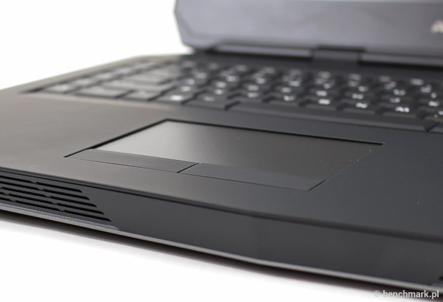 Dell Alienware 17 touchpad